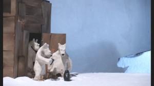3 ours et 1 frigo vide